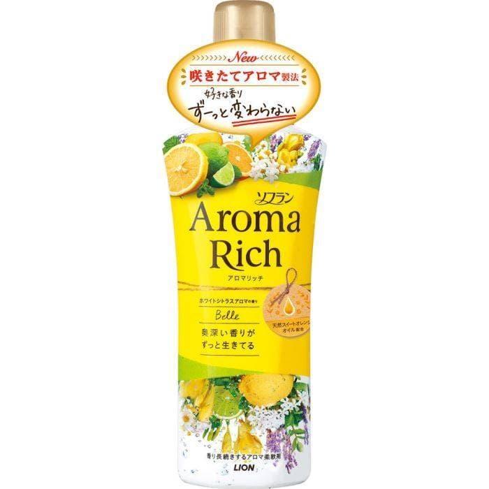 Кондиционер для белья Белль с богатым ароматом натуральных масел (мужской аромат) LION Aroma Rich Belle